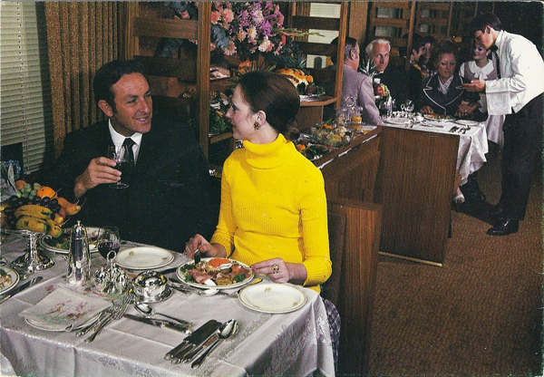 Die eetwa aan die Bloutrein / The dining car on the Blue Train