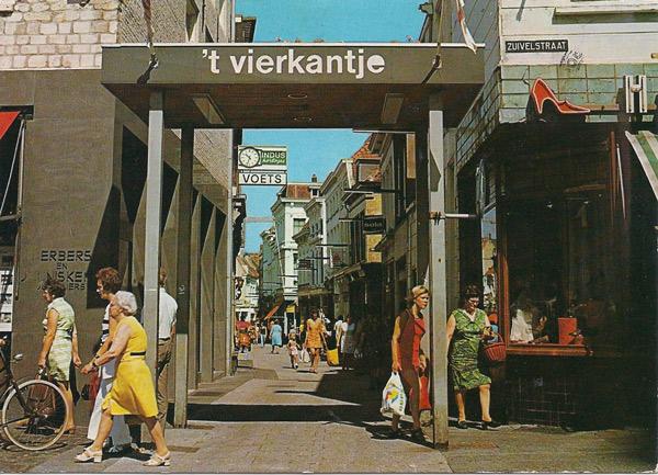 Bergen op Zoom / Holland - Winkelcentrum 't Vierkantje